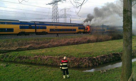 brand, trein, NS, breukelen, Abcoude