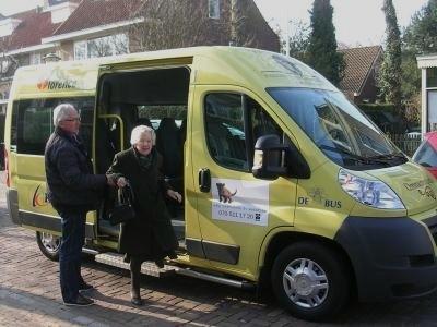 Stichting De Bij Bus, gehandicapten, ouderen