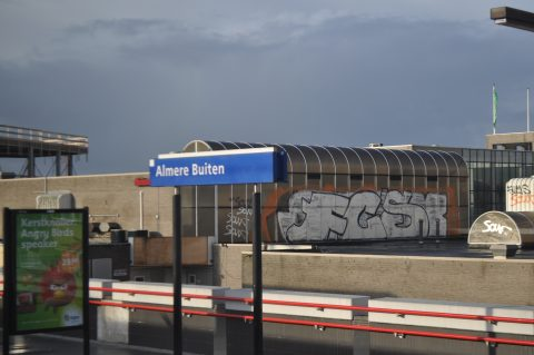 station, Almere Buiten