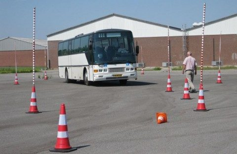 Bus, rijles, buschauffeur