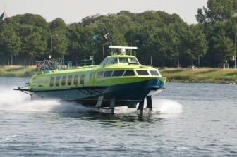 Fast Ferry, Connexxion, veerdienst