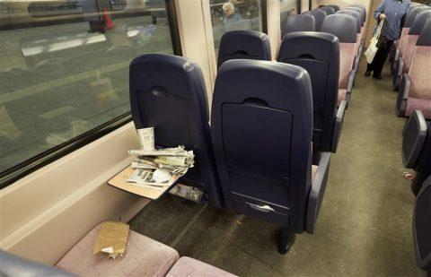 Vieze trein, staking, schoonmakers, NS