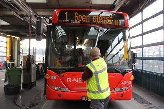 HSU Facility, wassen bus, remise TCR, Purmerend