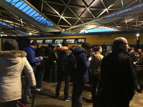 drukte, station Tilburg
