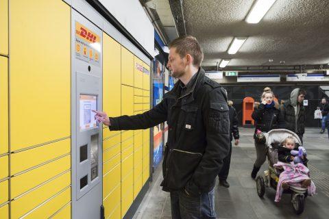 RET, Reiziger, parcel-station, DHL, metrostation, pakketje