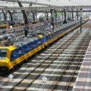 Intercity Direct met twee locomotieven op Rotterdam Centraal