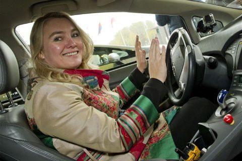 Zelfrijdende auto, Melanie Schultz van Haegen, minister van Infrastructuur en Milieu