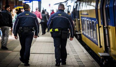 Beveiliger, NS, OV, sociale veiligheid