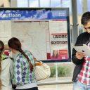 Reiziger, tablet, HTM, slimme mobiliteit