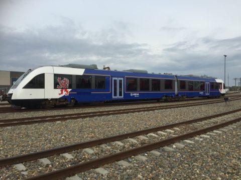 Lint trein op Maaslijn (bron: Arriva)