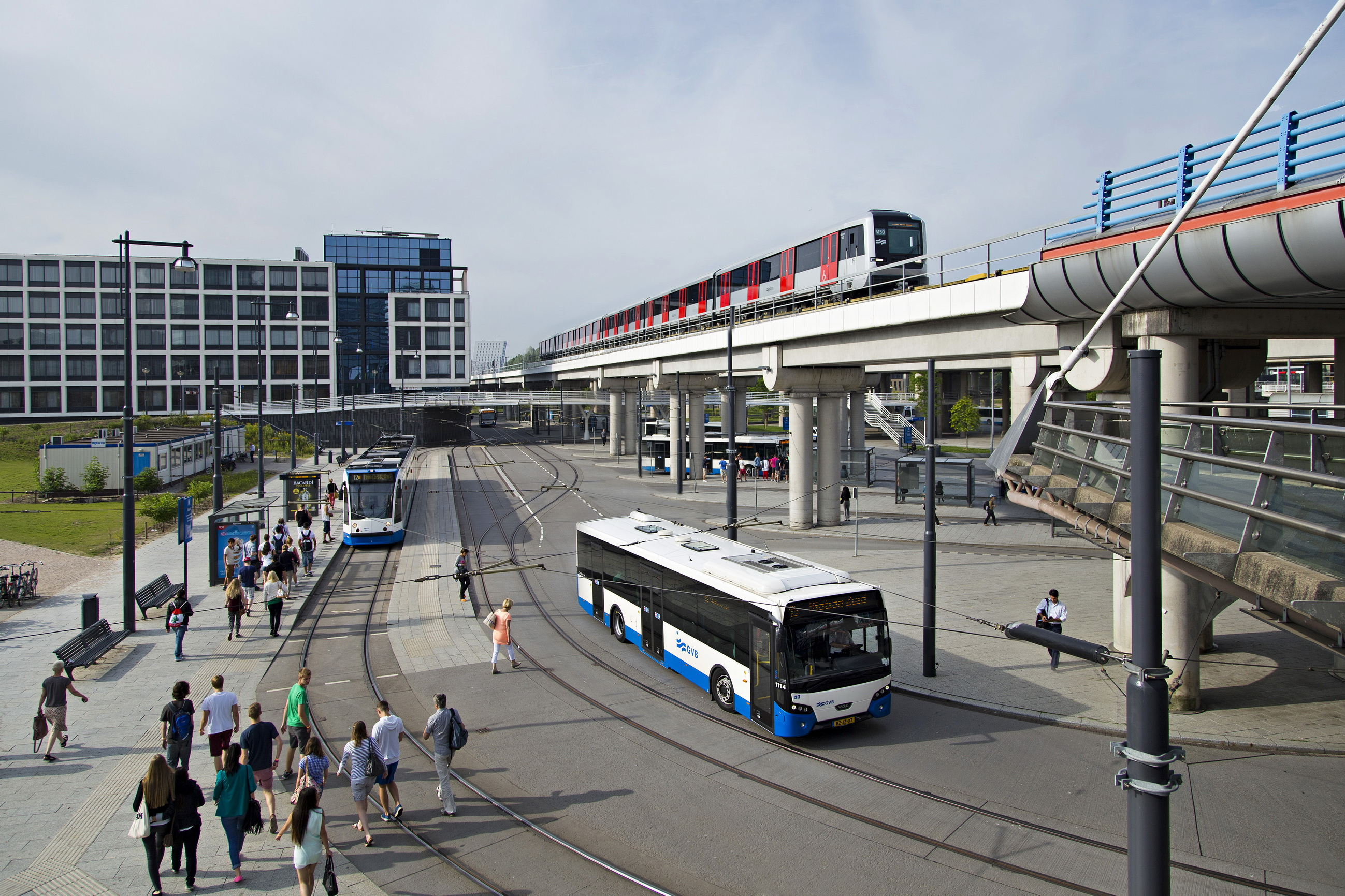 Tiental Maatregelen Moet Ov In Amsterdam Aantrekkelijker
