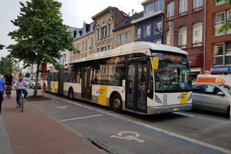 Bus van De Lijn
