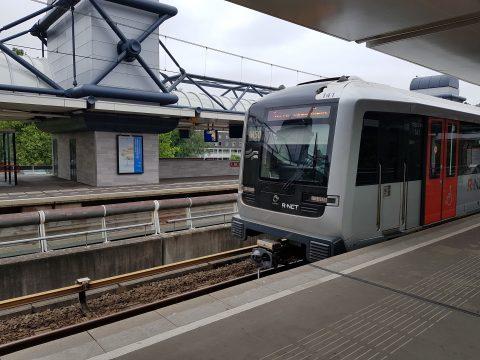 Metro van GVB in Amsterdam, R-net