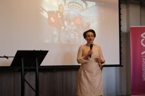 GVB-directeur Alexandra Van Huffelen bij opening N:Zlijn
