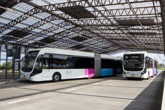 Elektrische bus van Connexxion bij Schiphol