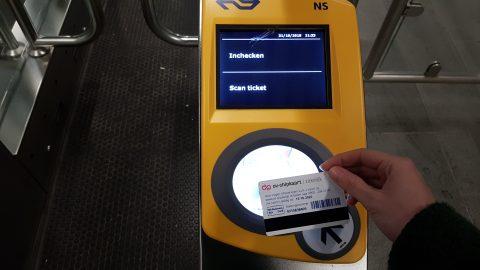 OV-chipkaart, poortjes, Utrecht Centraal