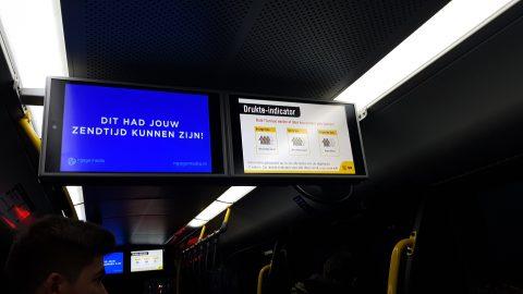 Drukte-indicator, U-OV, scherm in bus