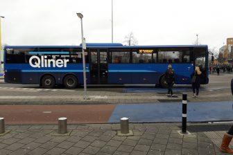 Qliner-bus op station Groningen