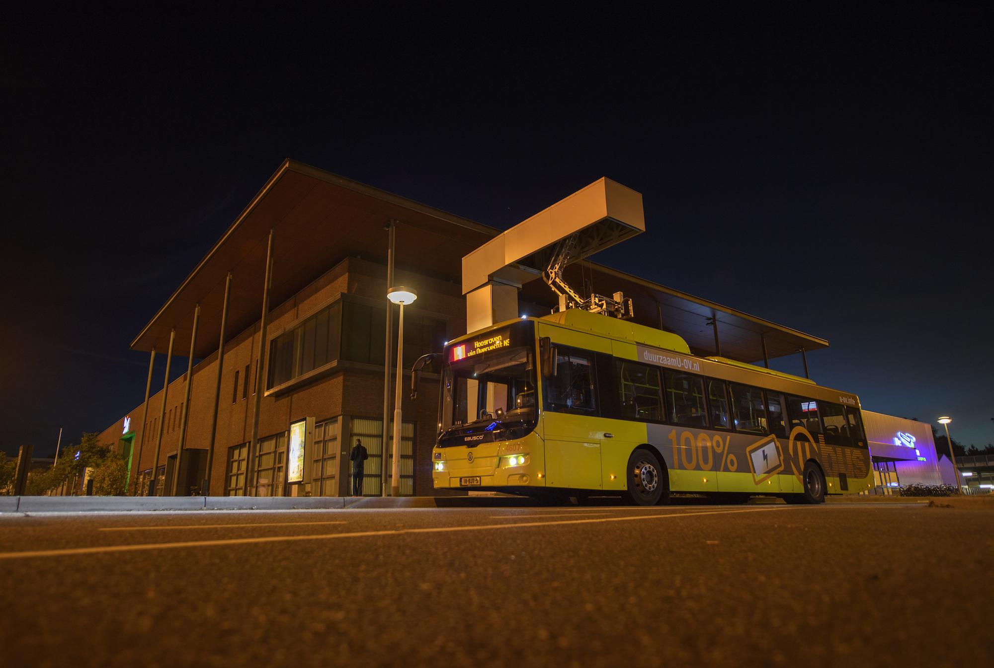 Bus opladen Utrecht U-OV Joulz