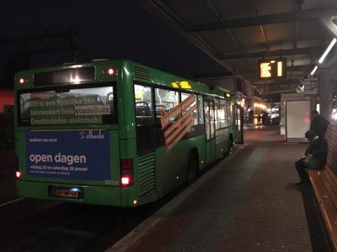 Dieselbus van Qbuzz in Dordrecht