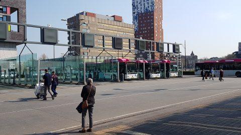 Breng-bussen op station Nijmegen