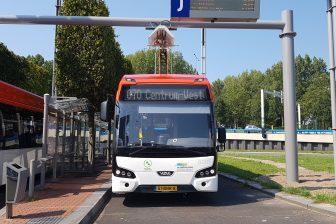 Bus van EBS in concessie Haaglanden Streek op Zoetermeer Centrum West