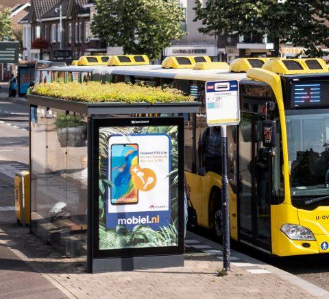 Bus en bushokje in Utrecht (fotocredit: Mobilane)