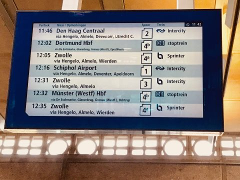 Reisinformatiescherm van Fris (foto: Conclusion)