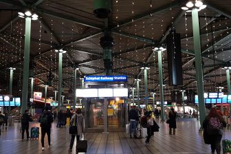 NS-station Schiphol Railway