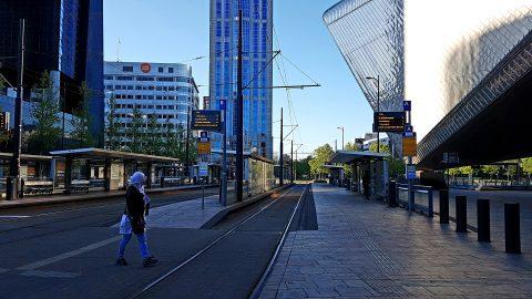 Lege tramhalte in Rotterdam