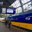 Intercity Direct op Amsterdam CS (foto: NS)