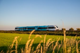 GTW-trein Arriva Groningen en Friesland (foto: Arriva)