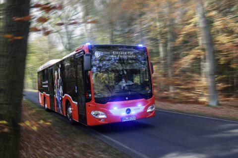 Reddingsbus Mercedes Duitsland (foto: Daimler)