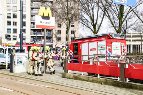 Brand Oostplein Rotterdam (foto: GinoPress B.V.)