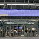 Reisinformatiescherm Utrecht Centraal (foto: NS)