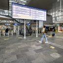 Reisinformatischerm Leiden Centraal (foto: ProRail / Gerrit Serné)