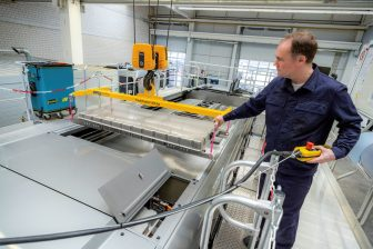 Rectivert-onderstation ÜSTRA (foto: Daimler)