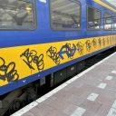 NS-trein met graffiti