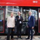 Officiële ingebruikname elektrische bussen lijn 369 GVB (foto: GVB)